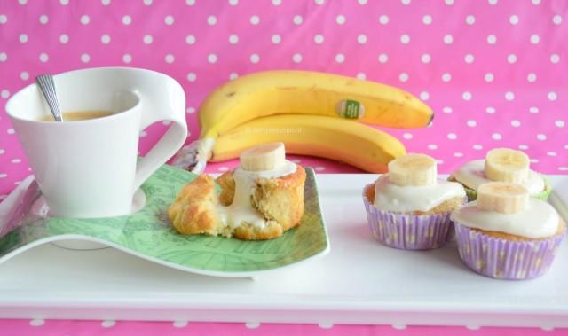 Bananen cakejes met roomkaas
