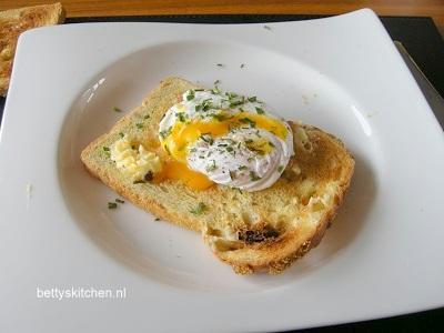 Gepocheerd ei maken