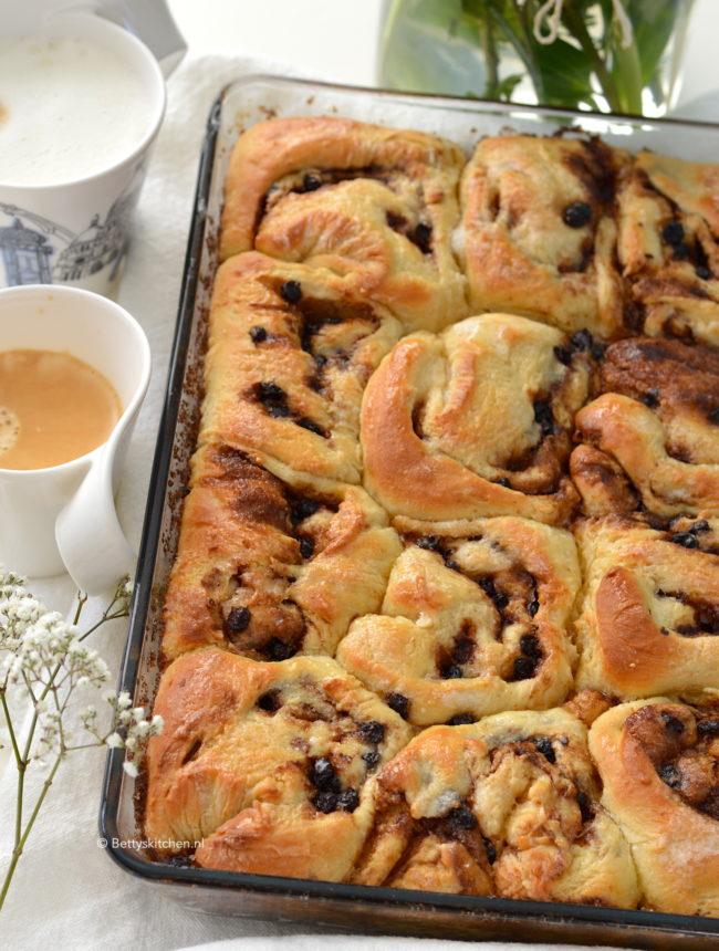 recept voor zelf kaneelbroodjes maken, zachte zoete broodjes met kaneel © Bettyskitchen