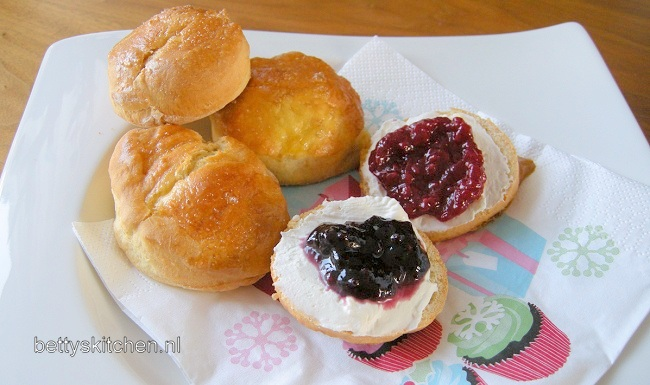Traditionele Scones (met gist)