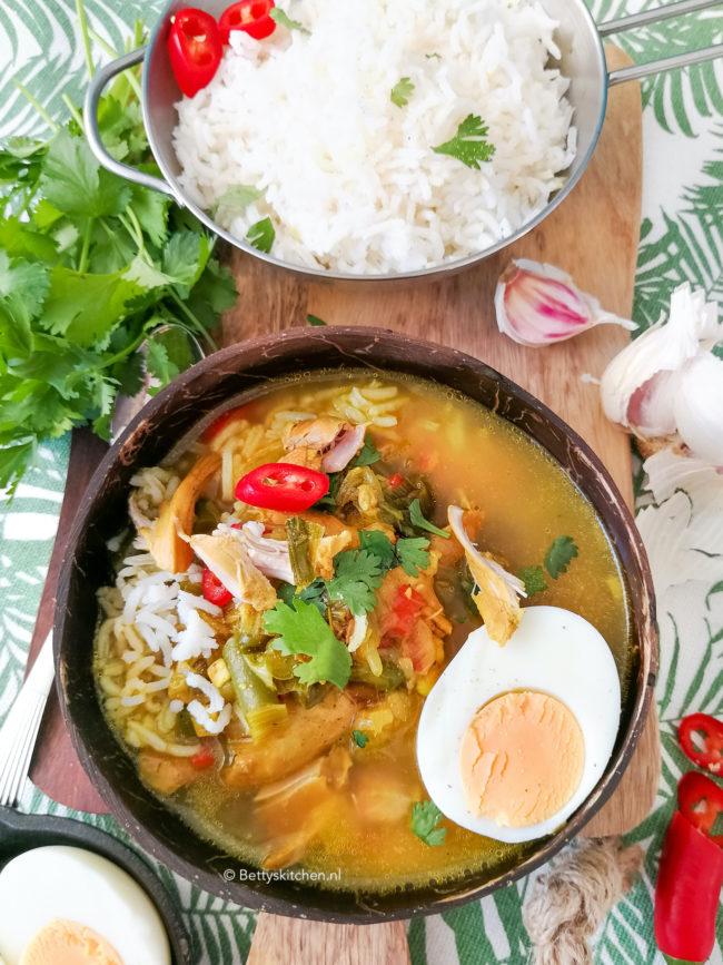 soto ajam kippensoep met rijst © bettyskitchen