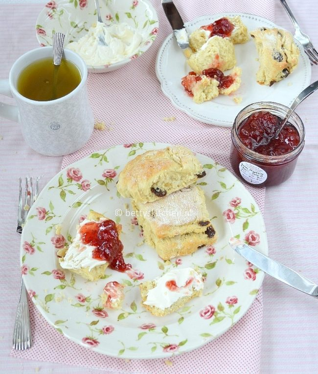 recept lemonade scones met slechts 4 ingredienten