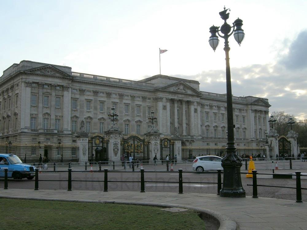 Buckingham-001