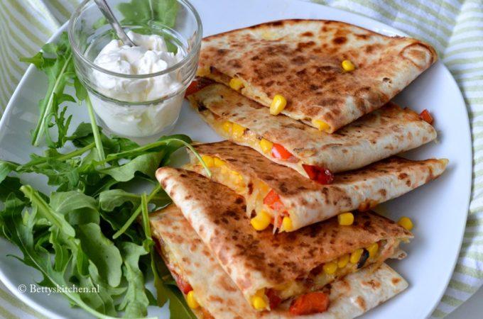 Quesadillas met paprika en mais