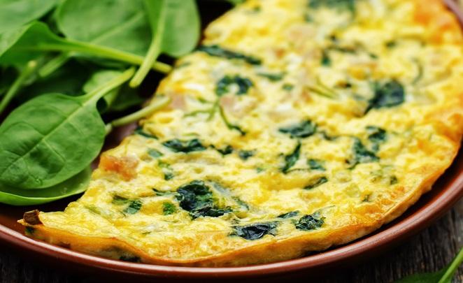 Italiaanse omelet met spinazie