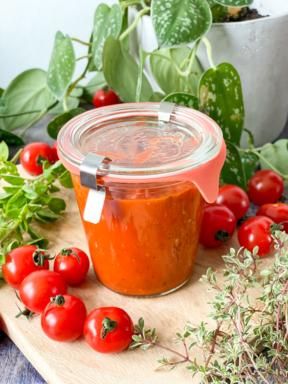 recept tomatensaus voor op de pizza © bettyskitchen.nl