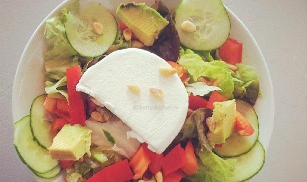 Italiaanse geitenkaas salade