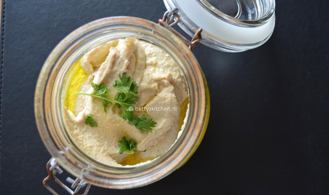 Hummus kikkererwten dip hoemoes