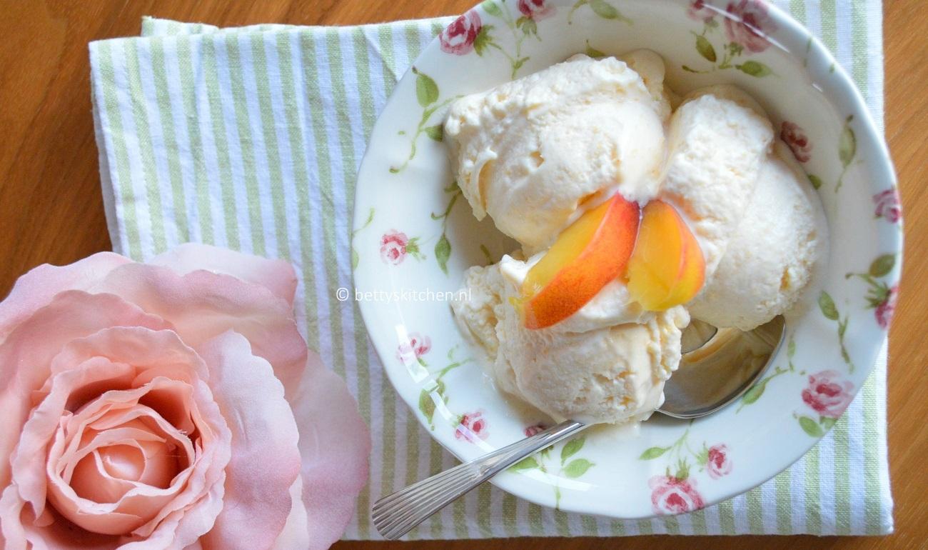 suikervrije perzik roomijs