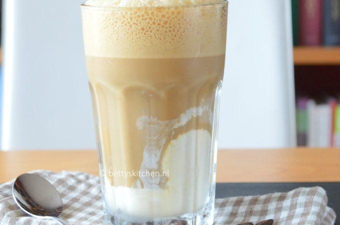 Cafe Frappe  (3x Griekse ijskoffie)
