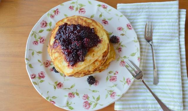 American Pancakes 1-001