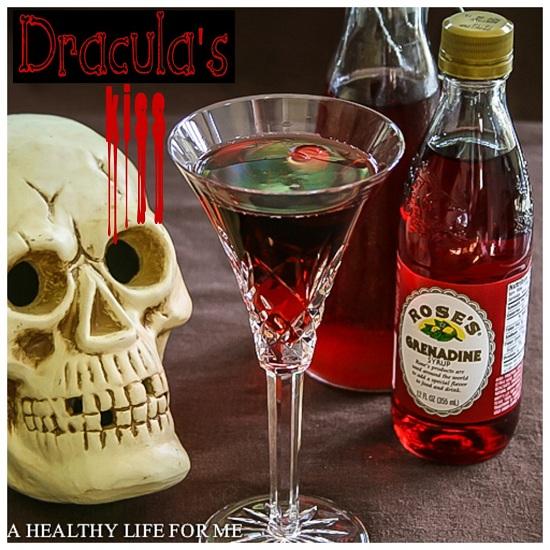 Draculas-Kiss-1-1024x1024
