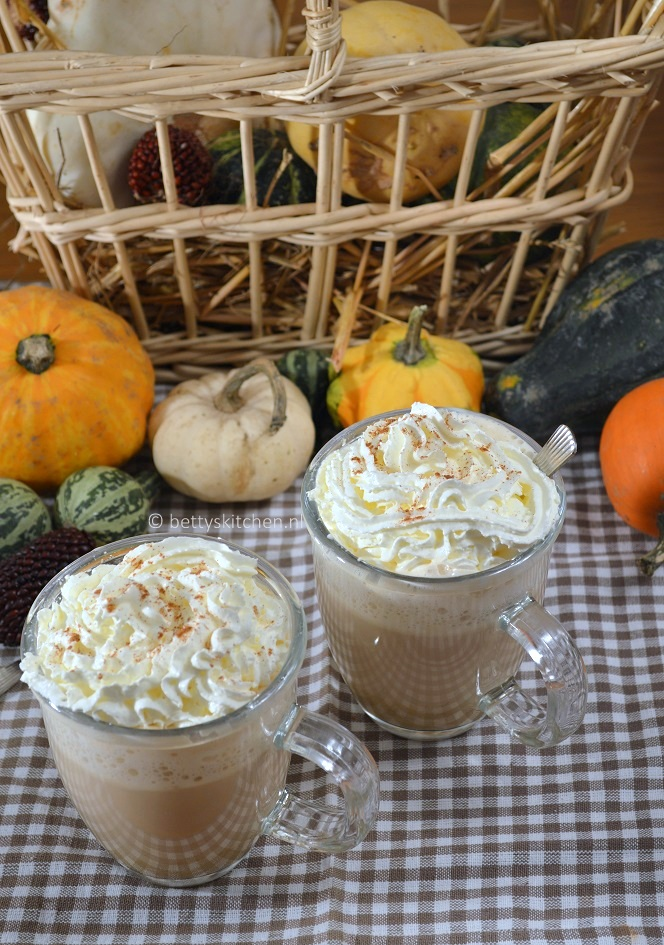 Pumpkin Spice Latte recept Betty's Kitchen
