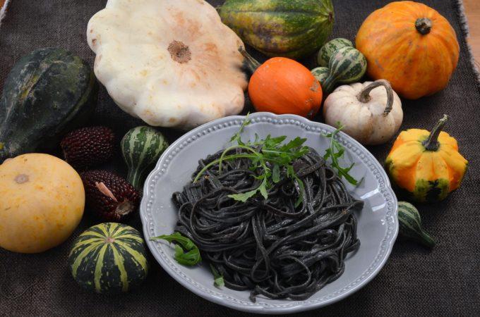 Heksenhaar pasta voor Halloween