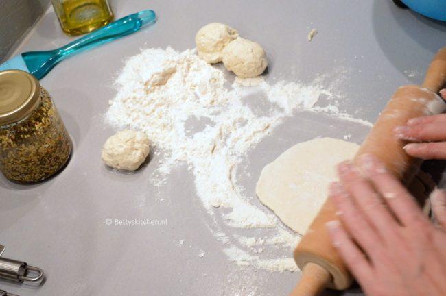 lahmacun platbrood turkse pizza © bettyskitchen.nl