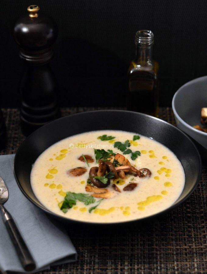 aardperensoep met truffel recept