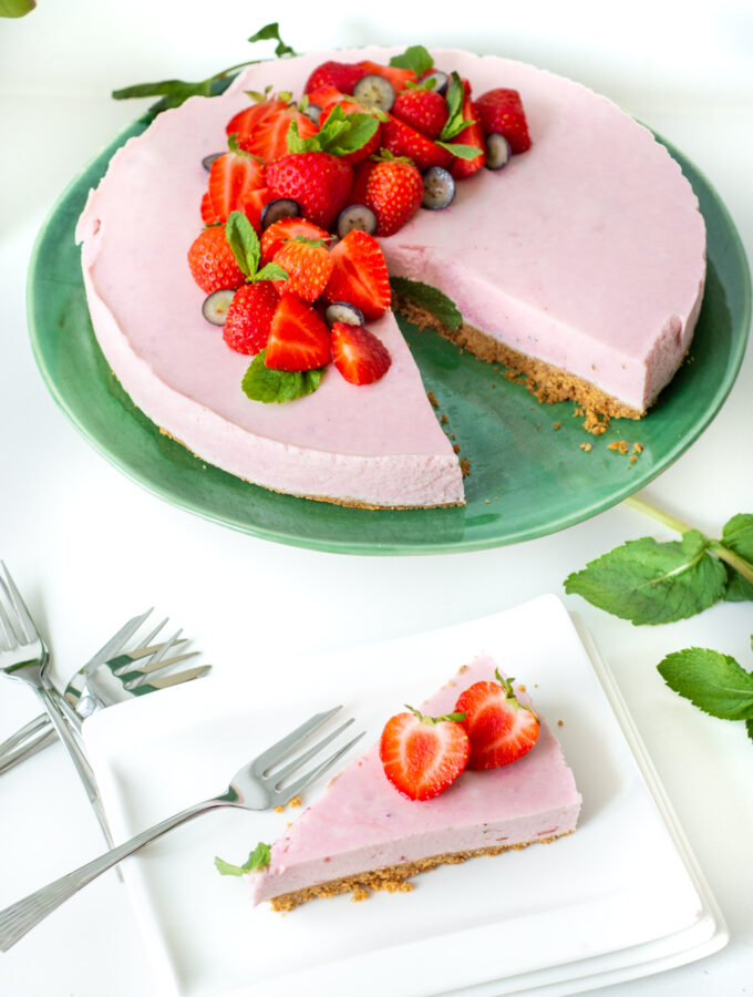 kwarktaart met aardbeien © bettyskitchen.nl