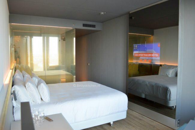 NHOW_hotel_in_rotterdam_3-001