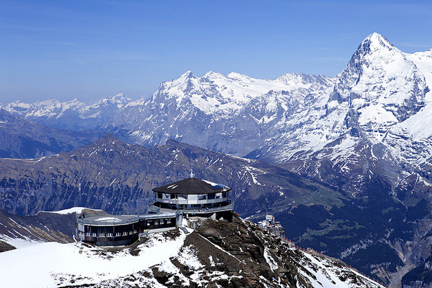 Restaurants met spectaculair uitzicht Piz gloria james bond