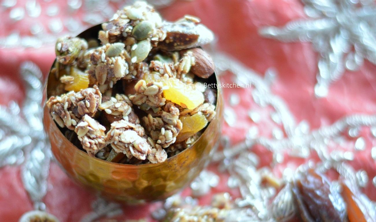 Marrakech Granola met abrikozen en pistache