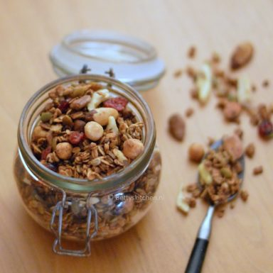 Granola met appel en cranberry homemade bettys kitchen recept