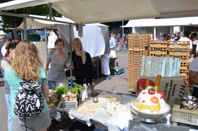 neighbourhood_food_market_in_utrecht_8c-001