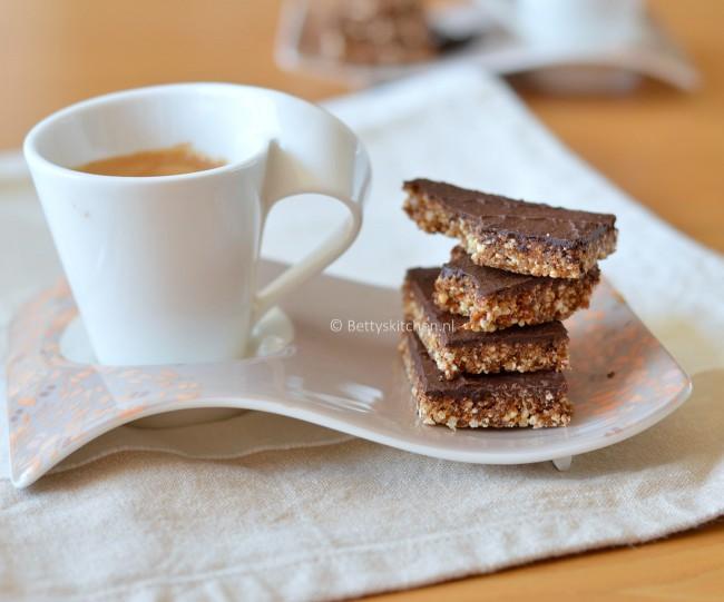 suikervrije_energierepen_met_quinoa_en_chocolade_3-001