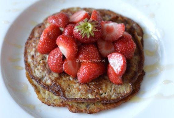 10x Pancakes Recepten voor ontbijt of brunch inspiratie © Bettyskitchen.nl - bananen pannenkoekjes