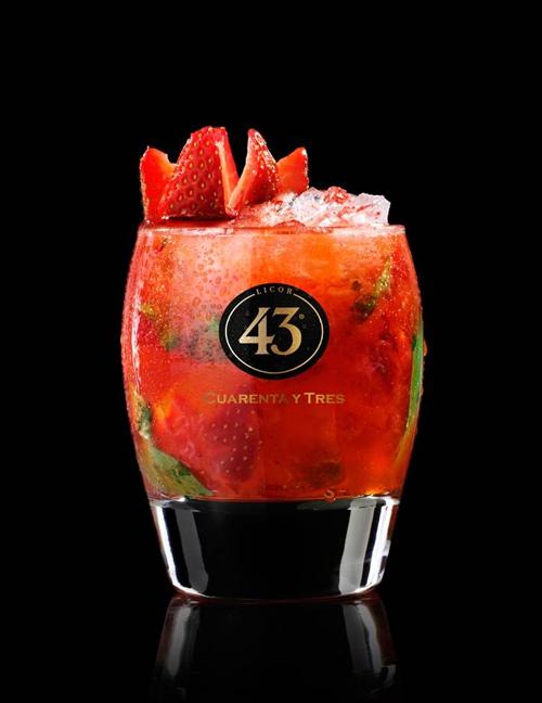 zomerse_cocktails_strawberry_crush_43