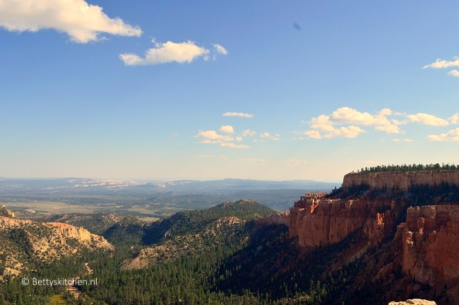 bryce_canyon_view-001
