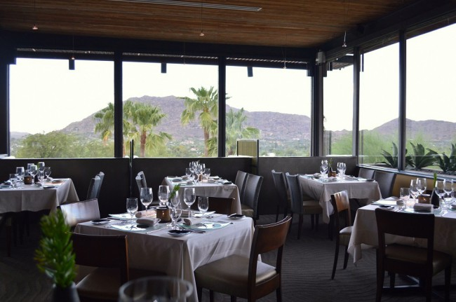 elements_on_sanctuary_phoenix_restaurant