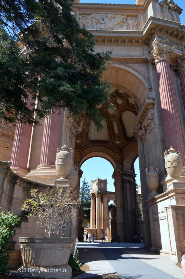 san_francisco_palace_of_fine_arts-001