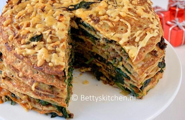 Pannenkoekentaart met spinazie en gehakt_1
