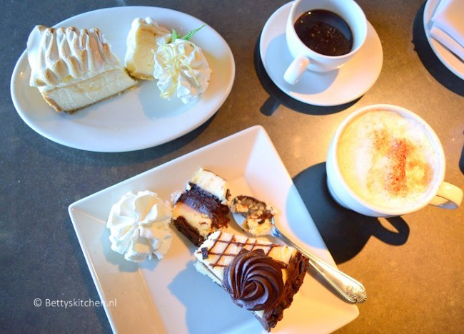 los_angeles_beverly_hills_cheesecake_factory-001