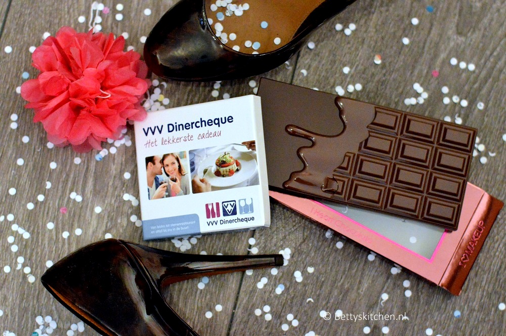WIN: VVV Dinercheque + 'I Heart Chocolate' oogschaduw palette van MakeUp Revolution