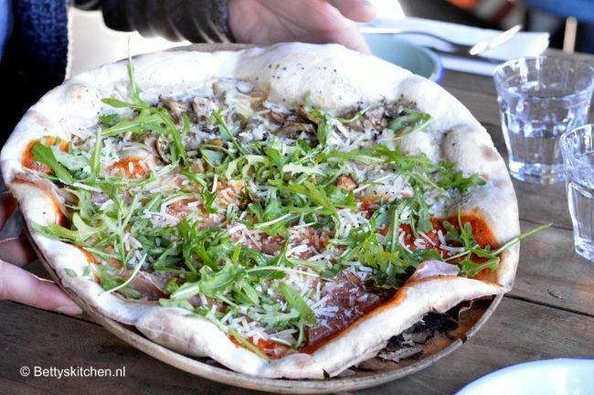 odessa_pizza_grill_amsterdam_pizza-001
