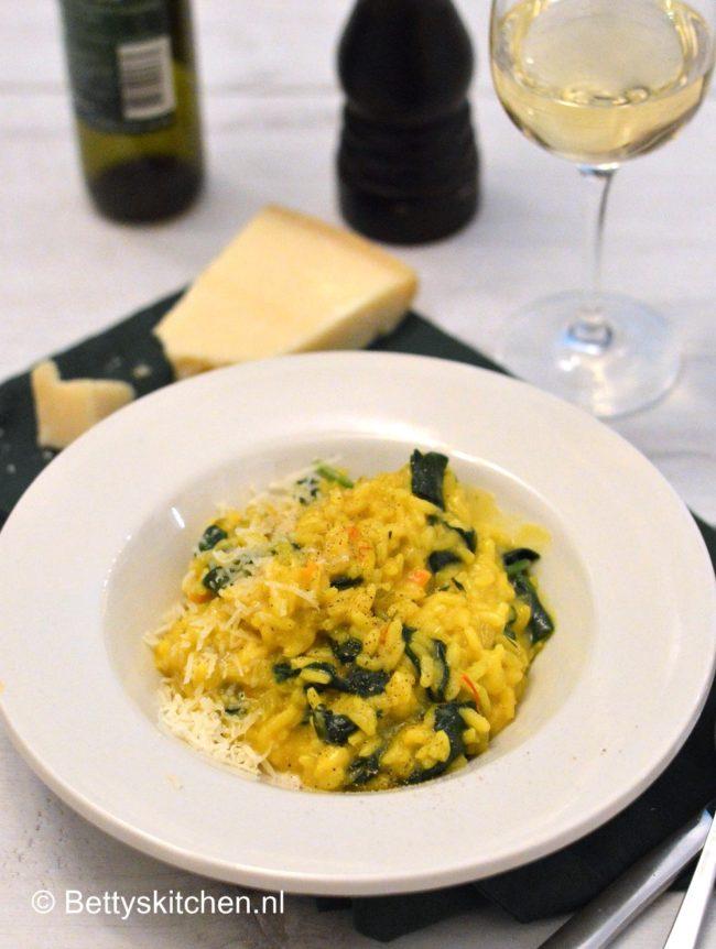 Risotto met saffraan en spinazie