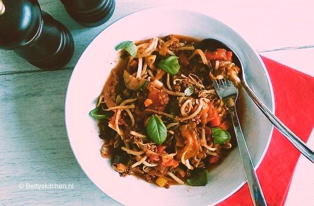 recept taughetti met bolognesesaus pastarecept alternatieven groente pasta