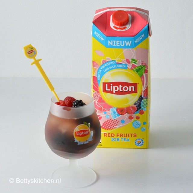 vers_van_de_pers_4_lipton_ice_tea_red_fruits-001