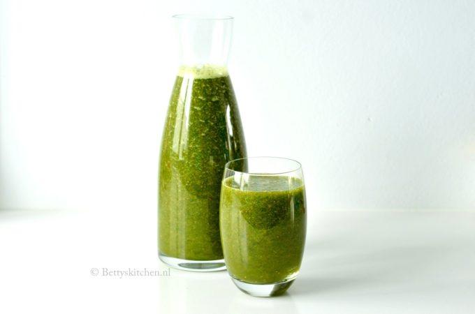 Groene smoothie met andijvie