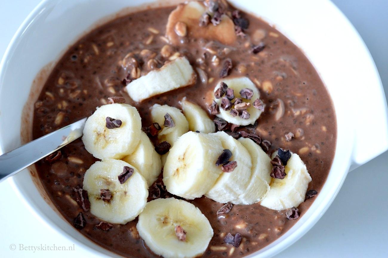 Overnight Oats met cacao en banaan