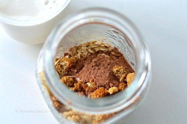 recept_overnight_oats_met_cacao_en_banaan_2-002