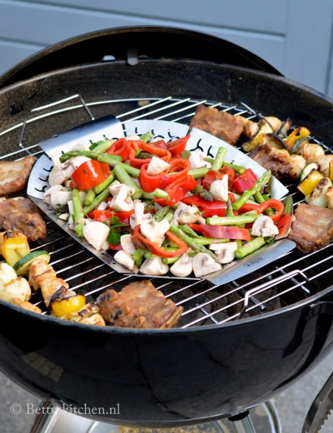 review_weber_original_kettle_57_BBQ_6-001
