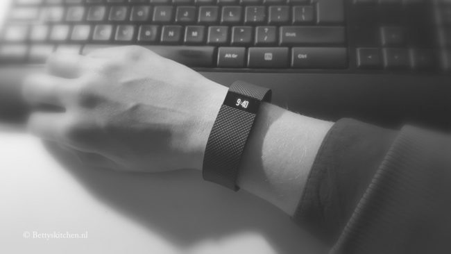 review_fitbit_charge_hr_activiteiten_tracker