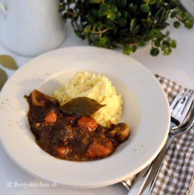 recept boeuf bourguignon stoofvlees met wijn Betty's Kitchen