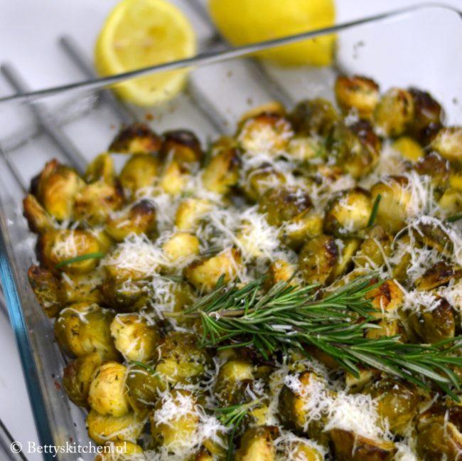 10x bijgerechten voor Kerst - geroosterde spruitjes uit de oven met citroen en parmezaan