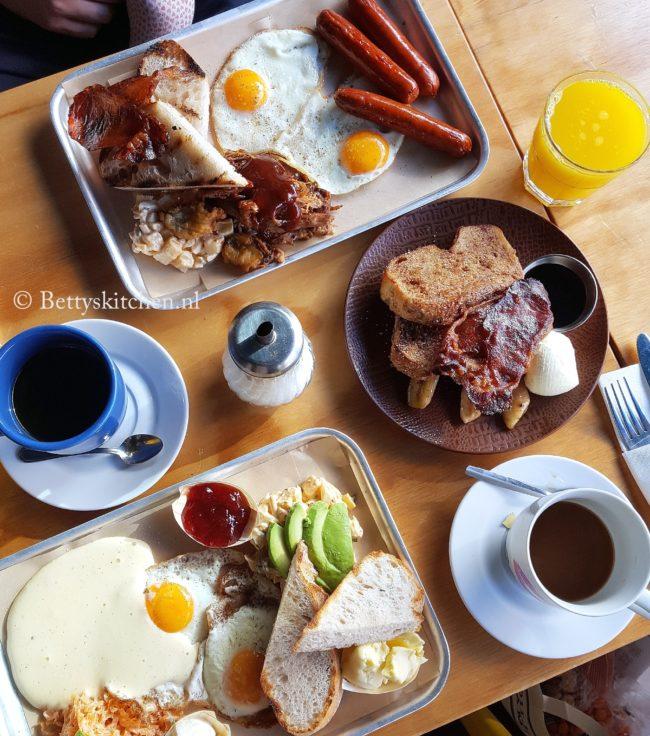 10x ontbijten in utrecht hotspots en fijne ontbijtadressen in de stad utrecht bij bucks bbq house aan de oude gracht