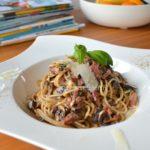 spaghetti carbonara pasta met spek en ei