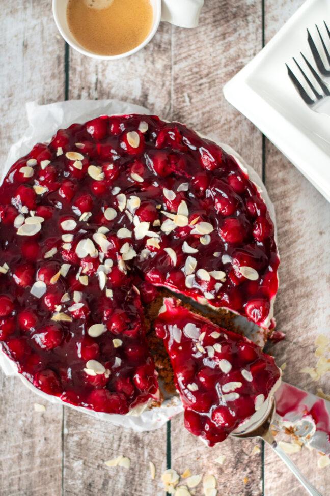 recept monchou taart met kersen © bettyskitchen.nl