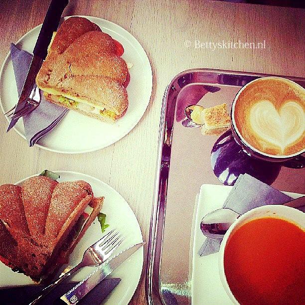 10x ontbijten in utrecht hotspots en fijne ontbijtadressen in de stad utrecht bij bar beton